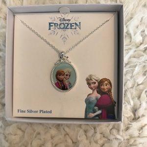NWT Disney's Frozen pendant necklace